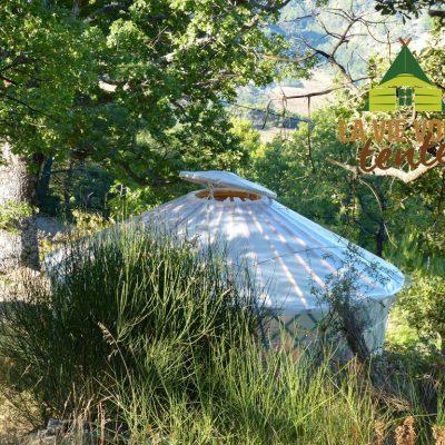 la serre-yourte a résisté à des vents de 100km/h
