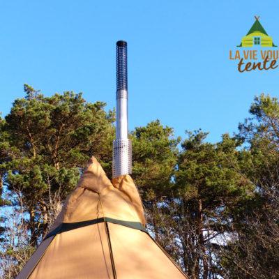 Le tube isolant protège la toile de tente efficacement de la chaleur